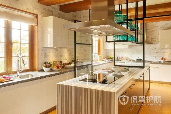 玻璃厨房实不实用 玻璃厨房使用注意事项