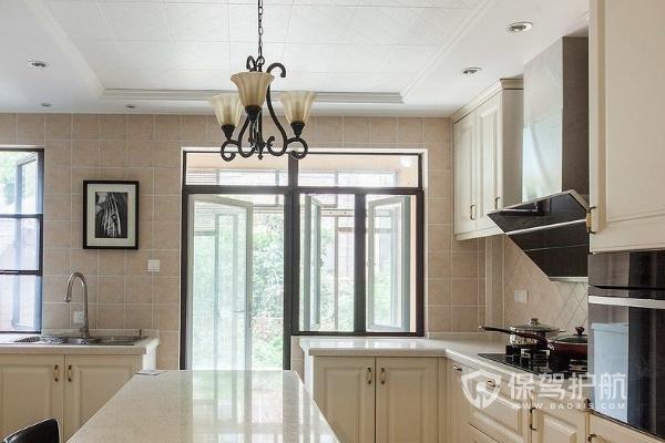 厨房吊顶装修材料有哪些 厨房吊顶装修材料选择