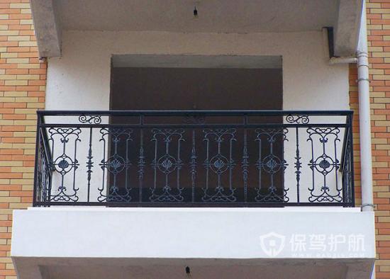 露台护栏选购及安装有哪些须知的注意点?