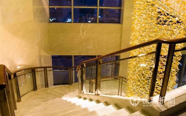 室内楼梯风水布局有什么讲究 楼梯装修