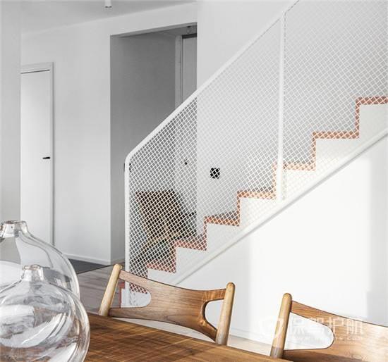 樓梯裝修技巧,復式樓梯裝修要怎么做?