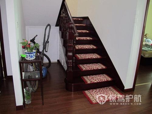 室内楼梯地毯最简单铺设方法-装修心得