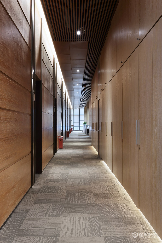 简单大方的办公室走廊设计图