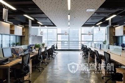 高层开放式办公室设计实景图