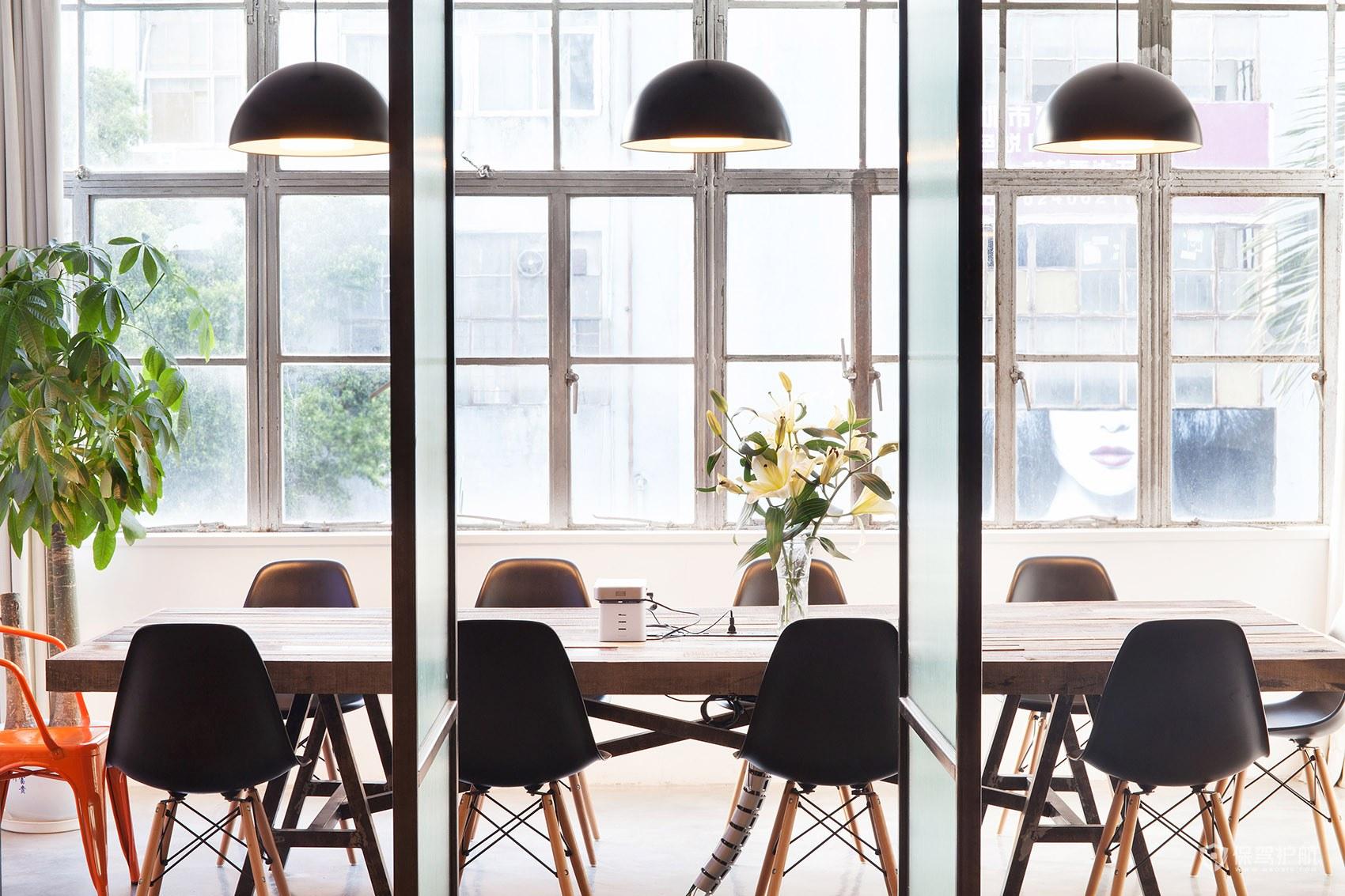 北欧风格办公室会议区装修效果图