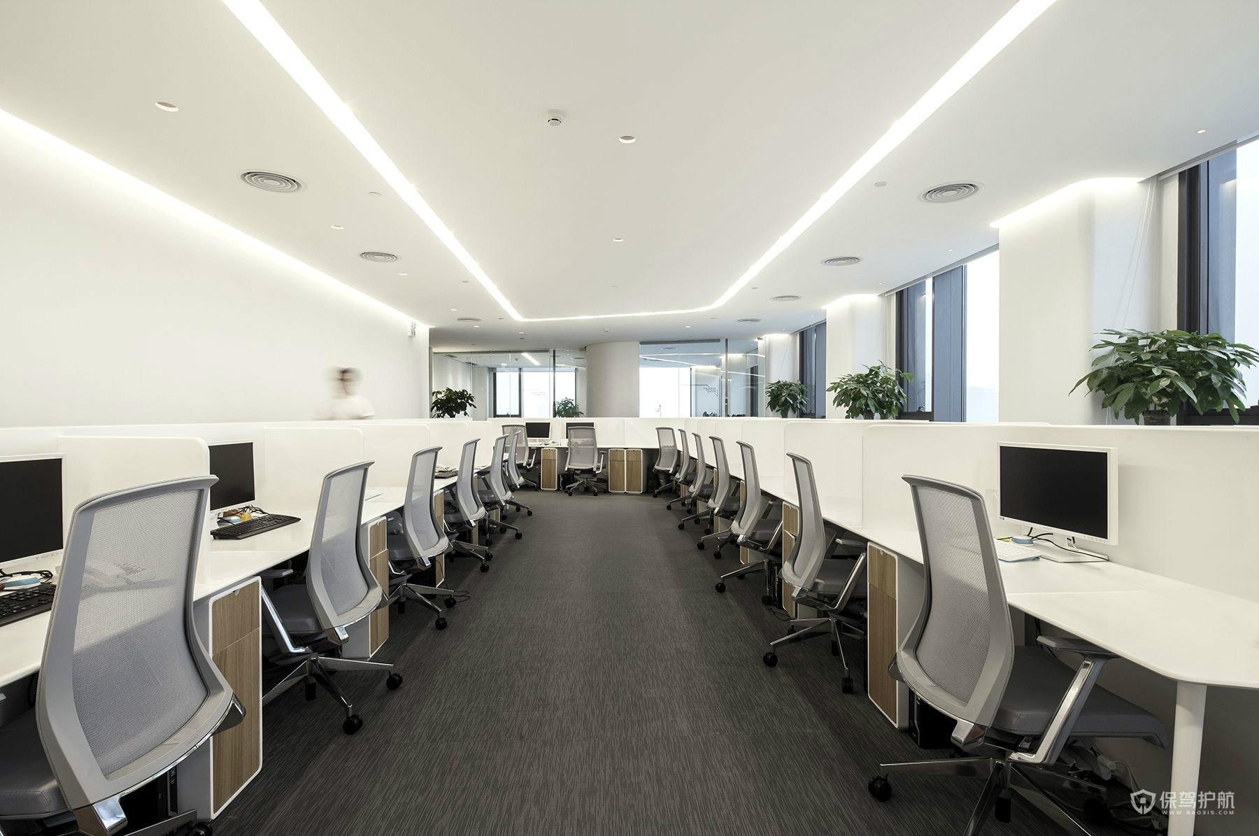 简洁办公室办公区域设计图
