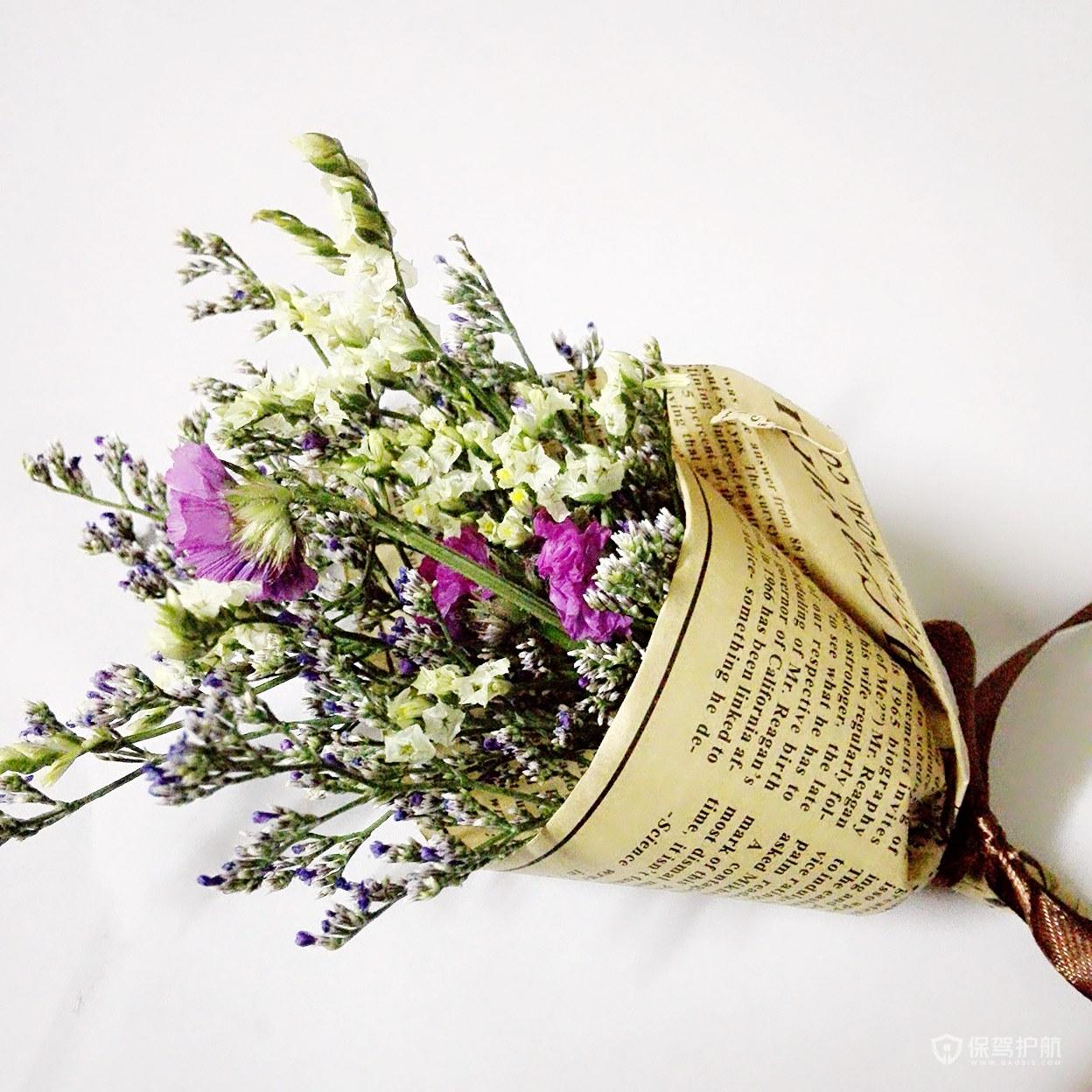 婚房里摆干花还是鲜花?家里摆放干花要注意什么?