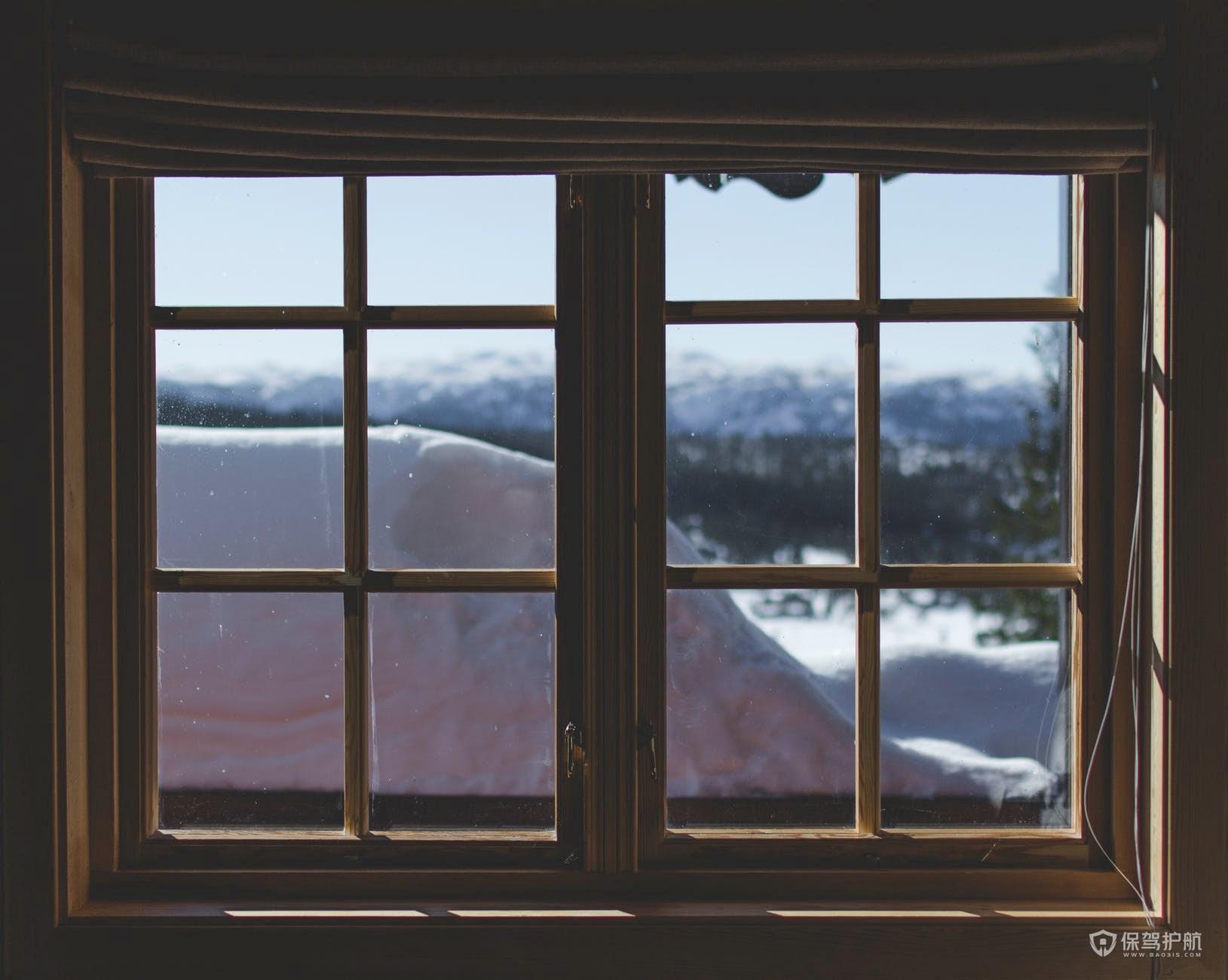 窗户玻璃有几种颜色?常睹的玻璃品种有哪些?