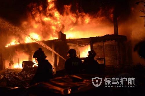 孟加拉国首都火灾致死56人 事故疑为气罐爆炸所致