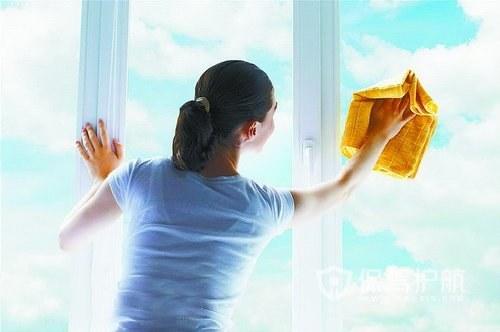 如何巧妙的清洁外侧窗?窗户清洁工具有哪些?