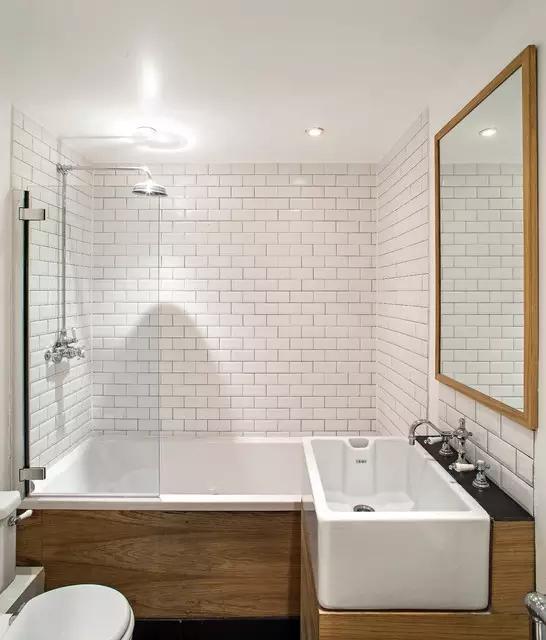 空間太小,衛生間裝修時做好干濕分離,完美解決婆媳廁所爭奪戰!
