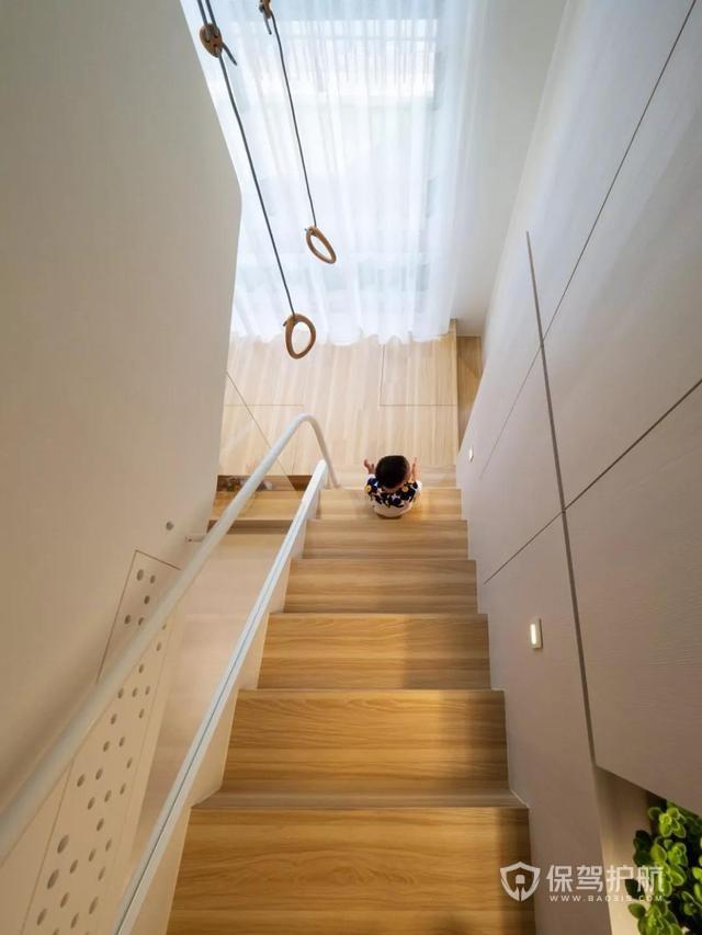小户型装修神v户型!柜子下藏厨房,方框藏卫生间如何在打钩楼梯并在方框内绘制图片