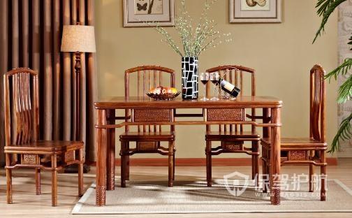 實木仿古餐廳家具價格是多少?實木仿古家具怎么選購?