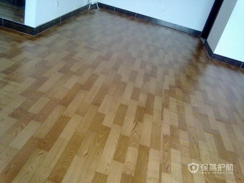 地板革好还是地板砖好?地板革和地板砖优缺点分析