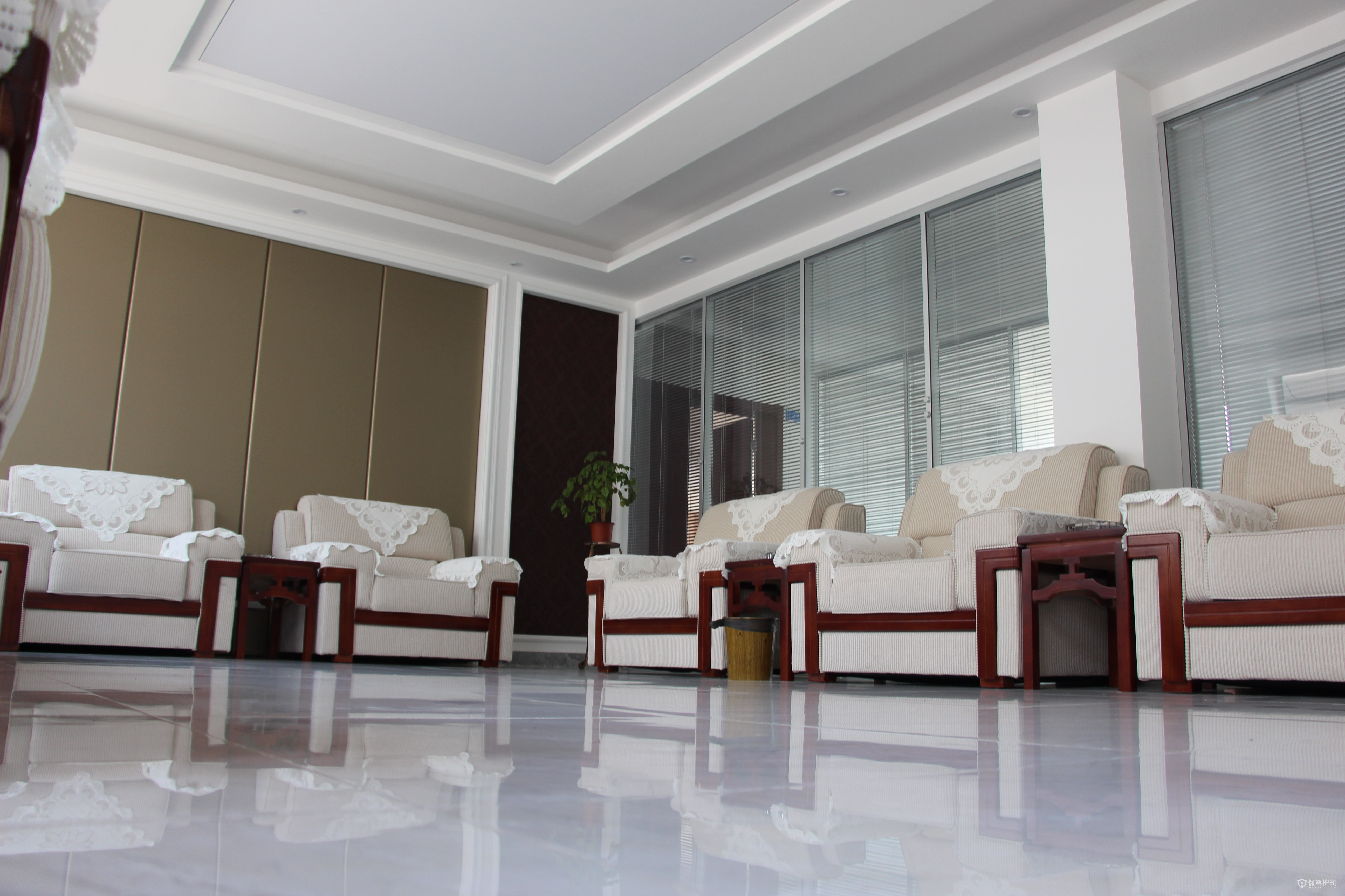 开放式新中式沙发办公室效果图