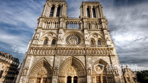 巴黎圣母院实景图-保驾护航
