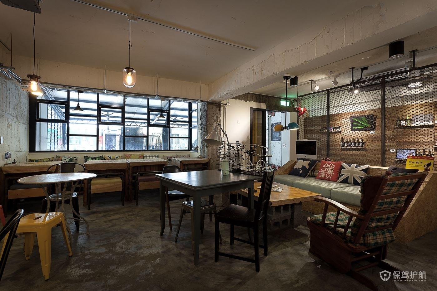 旧风格咖啡馆桌椅布局效果