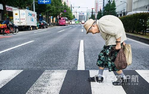 为应对人口老龄化问题 日本欲提高雇用年龄至70岁