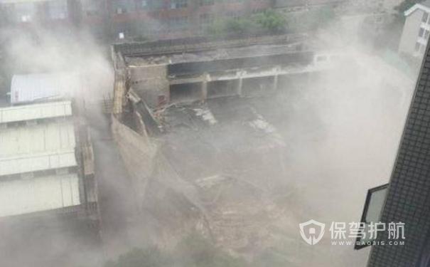 上海昭化路建筑坍塌,已救出11名被困人员