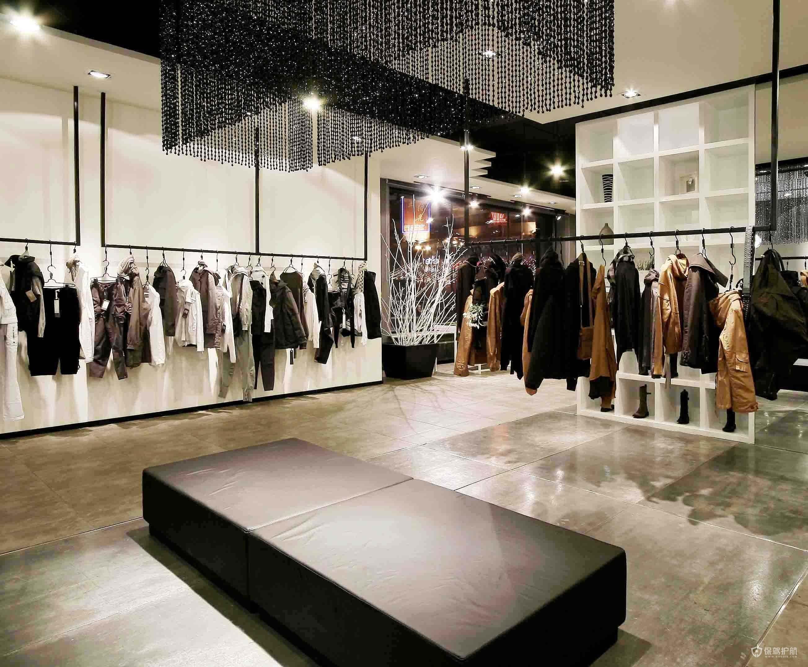 簡約現代大型服裝店鋪裝修實景圖