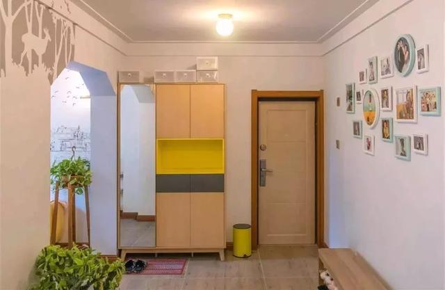 130平现代简约三居室装修