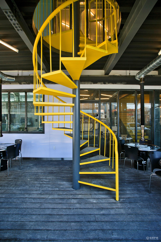 格调咖啡馆旋转楼梯设计图
