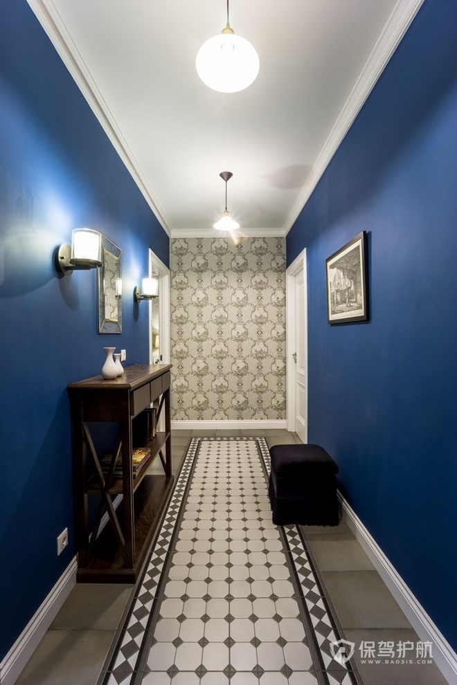 复古欧式走廊装修效果图