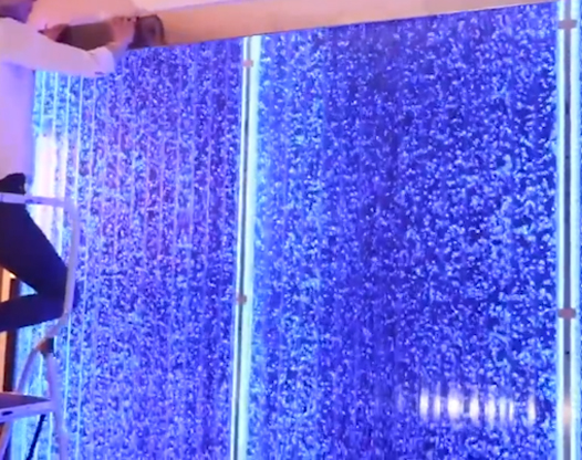 室内水帘背景墙装饰