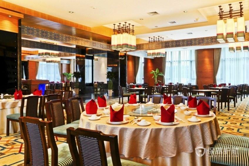 东南亚乡村餐厅装修效果图