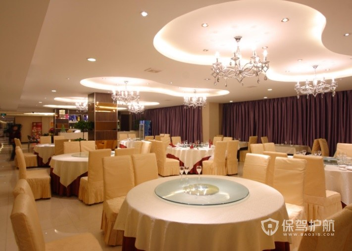 现代简约宴会餐厅装修效果图