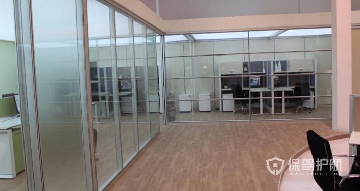 办公室隔断玻璃装修效果图