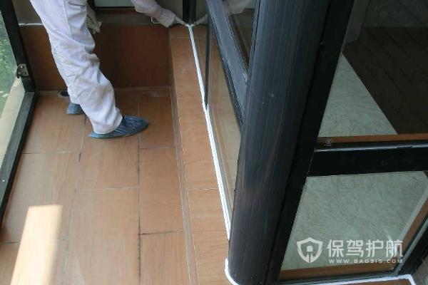 阳台美容胶施工-保驾护航装修网