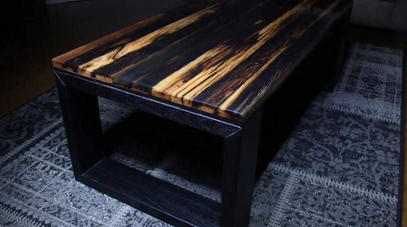 怎么做桌子?利用废弃木材和树脂做张桌子 便宜实用还好看