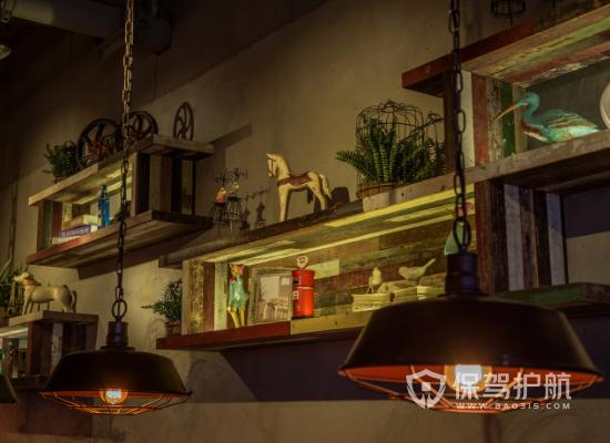 工业风格茶餐厅摆件摆放效果图