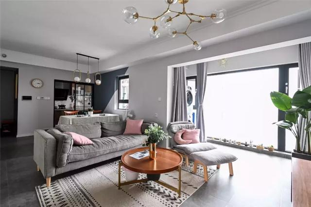 96㎡北歐風家裝案例,開放式客廳,全景落地窗,小資生活盡顯個性