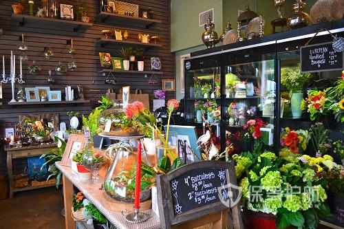 高端鲜花店装修效果图 开花店需要注意哪些问题?