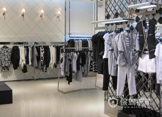 老旧服装店如何翻新拆改?80平米旧服装店翻新多少钱?