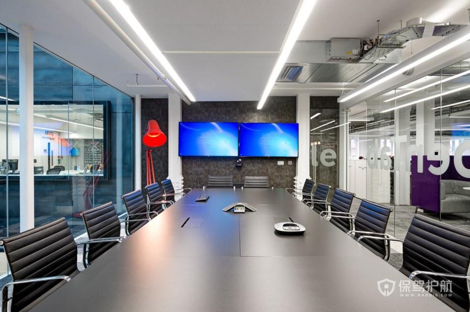 冷色调办公会议室装修效果图