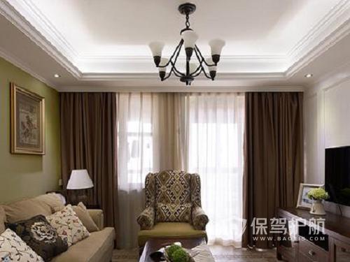 带阳台的客厅窗帘如何挂?如何选择合适的窗帘?