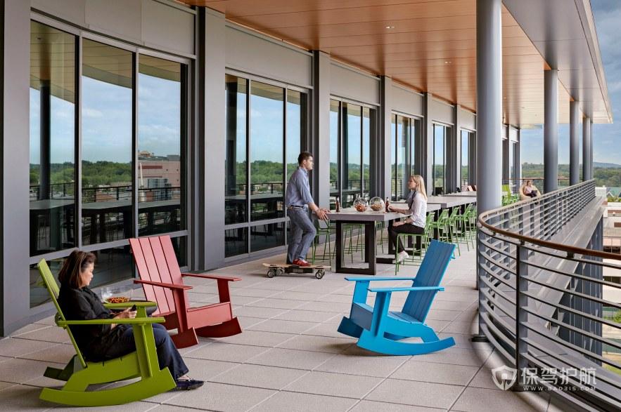 后现代风格办公室露台休闲区装修效果图