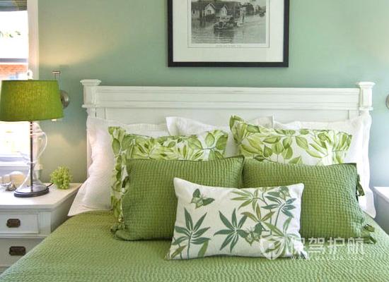夫妻卧室颜色装修效果图-清新绿