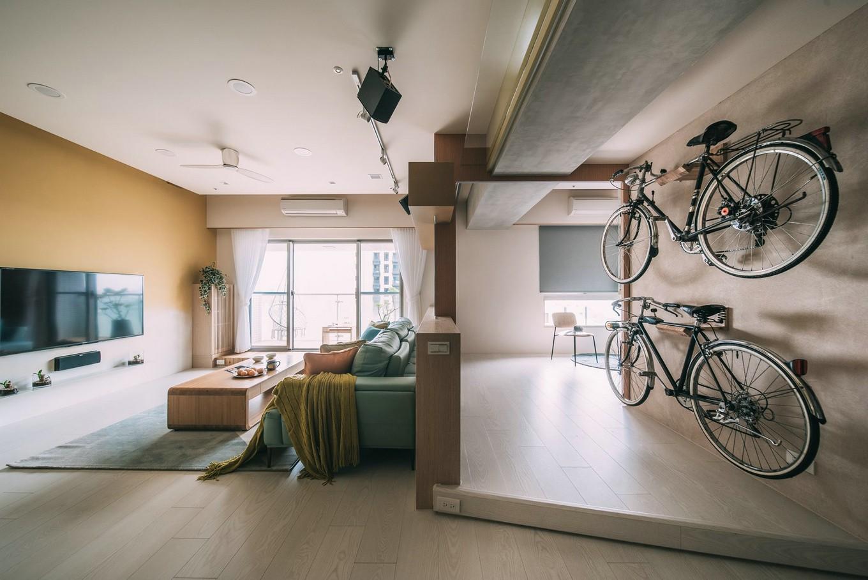 有超大收纳空间的现代风格原木色系