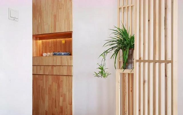 装修想法被diss,客厅没有布置电视区,做了个水池,艺术感满分