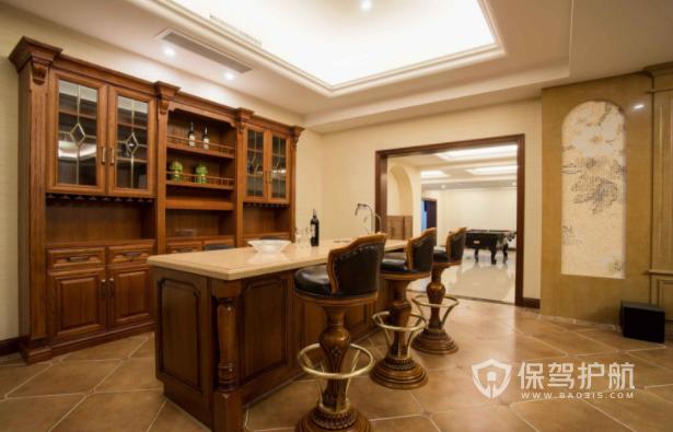 家庭如何装修一个小吧台? L形吧台如何装饰?