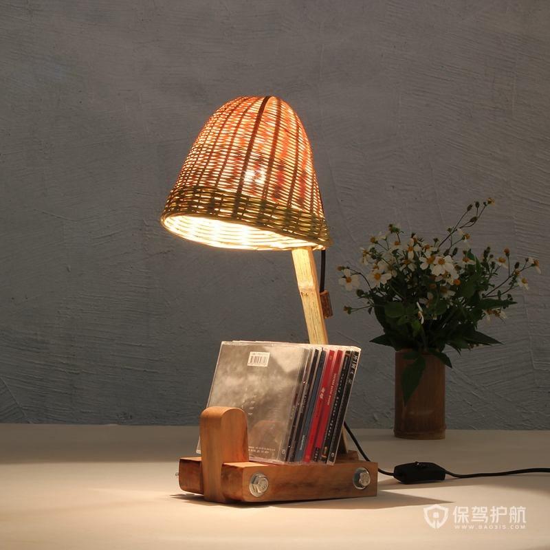 欧式卧室台灯如何搭配?如何选购一款好台灯?