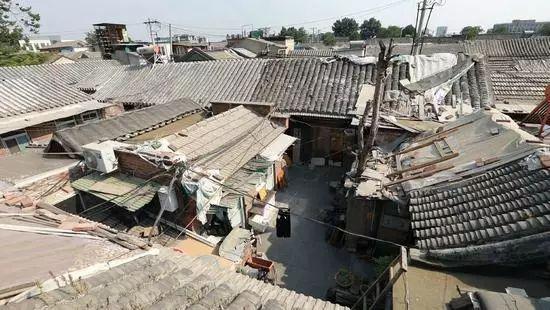 北京6口人挤45㎡,纸糊墙,简陋厨房,爆改变最美四合院