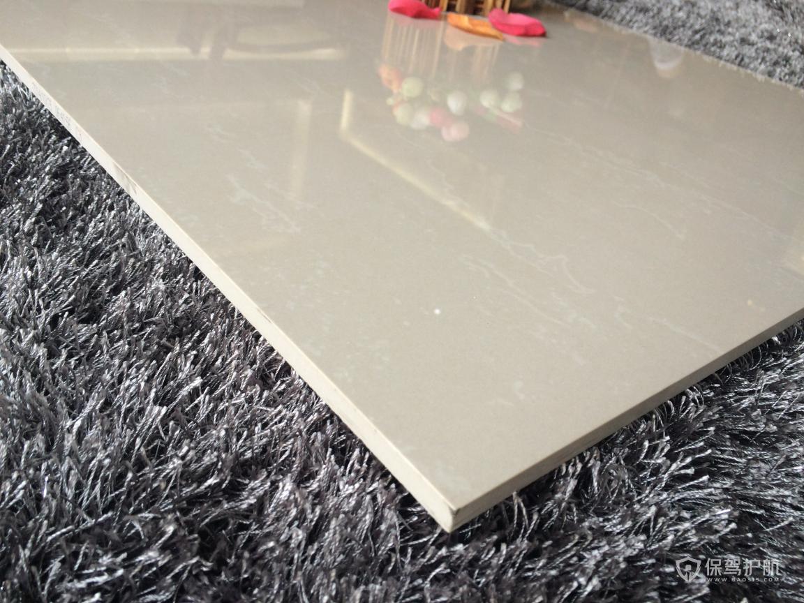 通体砖和抛釉砖哪个好?通体砖和抛釉砖优缺点对比
