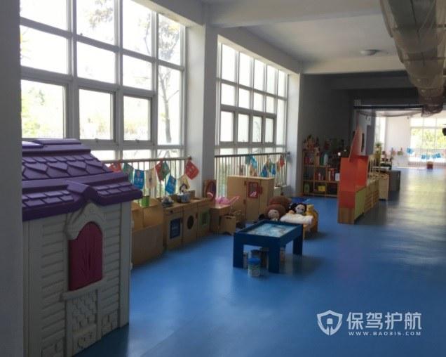 简约儿童风幼儿园走廊装修效果图