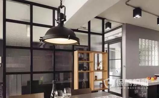 工业风厨房玻璃隔断怎样设计好?工业风厨房玻璃隔断设计效果图