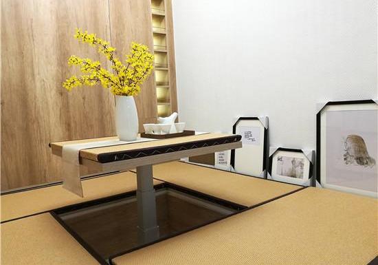母女打5份工租上海20㎡小户型,马桶上做饭,装修改造成带花园的loft房!